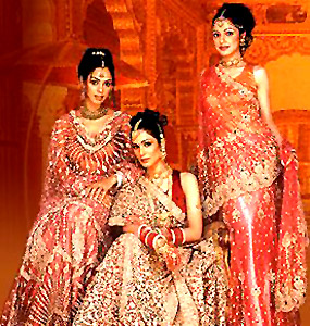 Indian Saree, Costumes for Indian Women