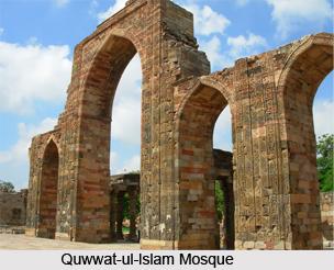 Quwwat-ul-lslam Mosque, Delhi