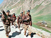 Kargil War (LoC)/ Images & Videos/ Pakistani Army surrenders/ HISTORY kargil 1999 kargil Conflict | Kargil War 11th anniversary