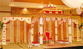 Flower Picture Gallery on Mandap Decorations  Indian Wedding