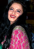 Bollywood Actress - Rekha