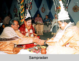 Sampradan ceremony - Bengali Wedding