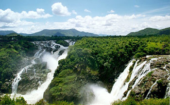 Sivasamudram Falls - At Sivasamudra Island the Kaveri river drops 320 ft (98 m), forming the famous Sivasamudram Falls known separately as Gagana Chukki and Bhara Chukki