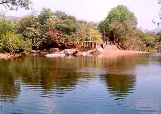 Sowparnika River