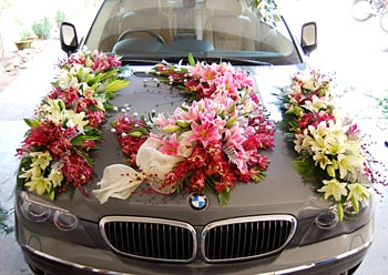 Wedding  Decorations on In Indian Weddings The Wedding Car Decorations Differ From Region