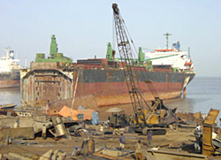 Alang-Ship-breaking-Yard