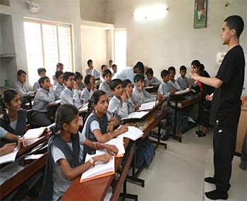In Mamata Banerjee Vs Bjp 125 Schools Told To Explain Religious Teaching