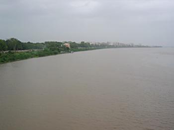 Tapi River