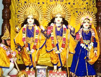 http://www.indianetzone.com/photos_gallery/35/TiruvangadSriRama_23868.jpg