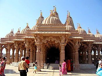 http://www.indianetzone.com/photos_gallery/38/BhriguRishiTemple_4962.jpg