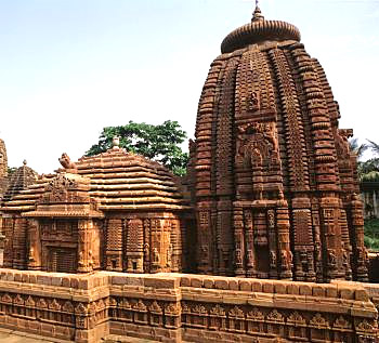 The temple of Brahmeswara in Bhubaneswar  - built by Queen Kolavati, mother of Udyota Kesari (1040-1065 A.D.) , employed some Devadasis in the service of that temple of Lord Shiva