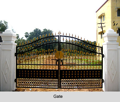 Gate of the Compound Wall , Vastu Shastra