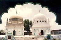 Burhanpur,Madhya Pradesh-Dargah-e-haquimi