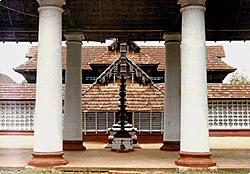 Chengamanad Mahadeva temple