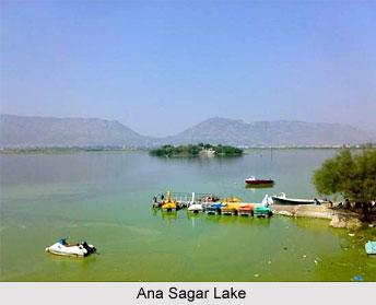 Ana Sagar Lake, Rajasthan