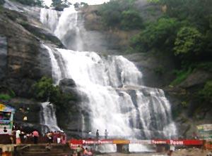 Courtallam falls Tirunelveli, Tamil Nadu