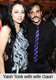 yash tonk and his wife