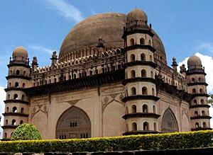 provincial indo islamic architecture