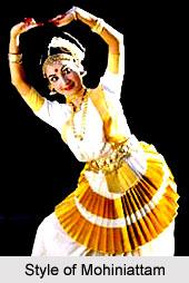 Mohiniattam Dance Style