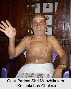 Moozhikulam Kochukuttan Chakyar, Koodiyattam Artist