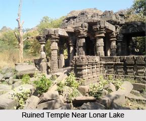 Lonar Lake, Buldhana district, Maharashtra