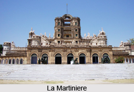 Buildings of Claude Martin, Nawabi Architecture in Lucknow