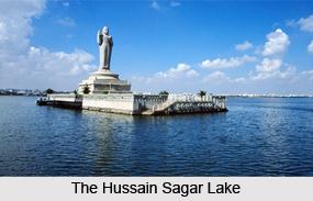 Hussain Sagar Lake, Andhra Pradesh