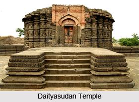 Temples near Lonar Lake