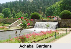 Tourism in Achabal Gardens