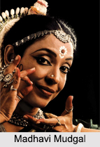 Indian Odissi dancers, Indian Classical Dances, Indian Dances