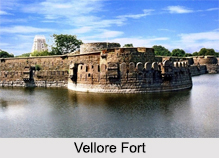 Vellore Fort, Monuments of Tamil Nadu