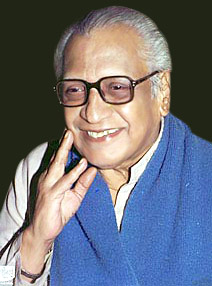 Vishnu Vaman Shirwadkar, Indian Theatre Personality