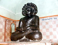 Jintur - Bhagan Neminath Cave Temple