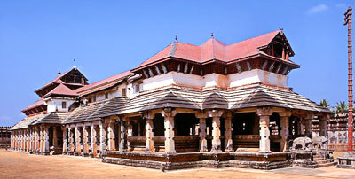 Tribhuvana Tilaka Chudamani basadi - Largest and the most flamboyantly designed Jain temples of Mudabidri