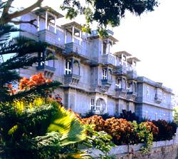 Dhariawad, Udai Bilas Palace