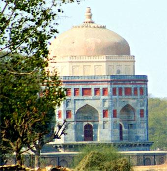 Tomb of Shah Quli Khan - Architecture in Narnaul During Akbar