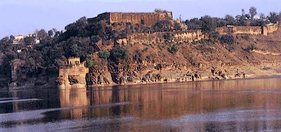 Chunar Fort - Architecture of Jaunpur and Chunar During Akbar