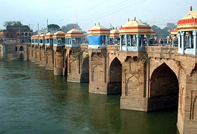 Jaunpur Bridge - Architecture of Jaunpur and Chunar During Akbar