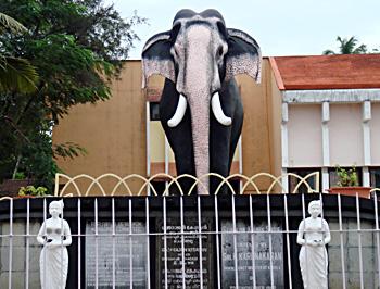 Guruvayoor Keshavan, Legends of Kerala