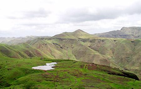 Satpura Hills at Barwani , Madhya Pradesh