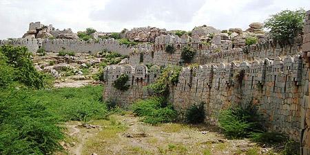 Historical town of Mudgal, Karnataka - Mudgal Fort