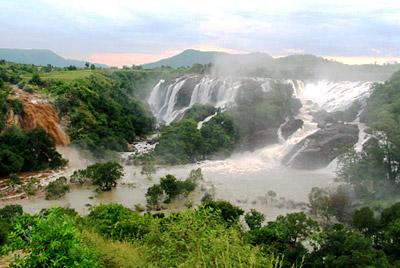 Shivanasamudra waterfalls - Malavalli, Mandya, Karnataka