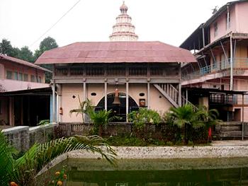 Ballaleshwar Vinayak temple at Pali