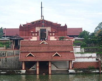 History of Tiruvangad Temple, Tiruvangad Temple