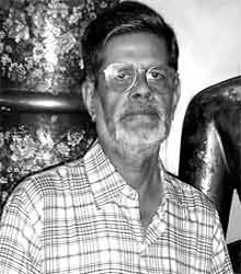 Malay Roy Choudhury, Bengali Litterateur