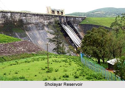 Sholayar Reservoir, Tamil Nadu