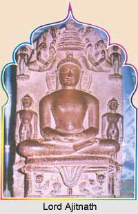 Ajitnath Digambar Jain Temple, Madhya Pradesh