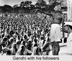 Gandhiji with his followers