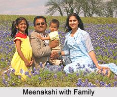 Meenakshi Seshadri with Family