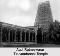 Aadi Ratneswarar Tiruvaadaanai Temple, near Karaikkudi, Devakottai, Tamil Nadu